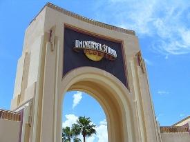 entrance-universal-studios-orlando-florida