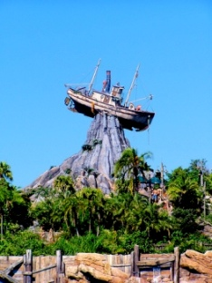 disneys-typhoon-lagoon-orlando-florida