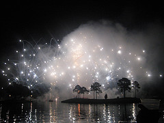 disneys-world-showcase-illuminations-orlando