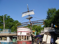 entrance-typhoon-lagoon-orlando-florida