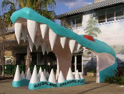 gatorland-entrance-orlando-florida