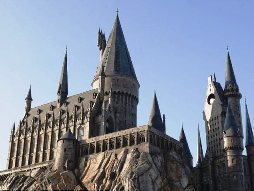 hogwarts-castle-wizarding-world-of-harry-potter-islando-of-adventure-orlando