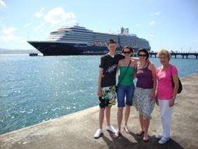 family-caribbean-cruise-noordam