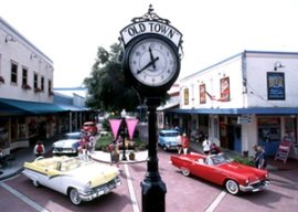 old-town-kissimmee-clock-orlando-florida