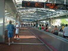 walkways-universal-studios-orlando-florida